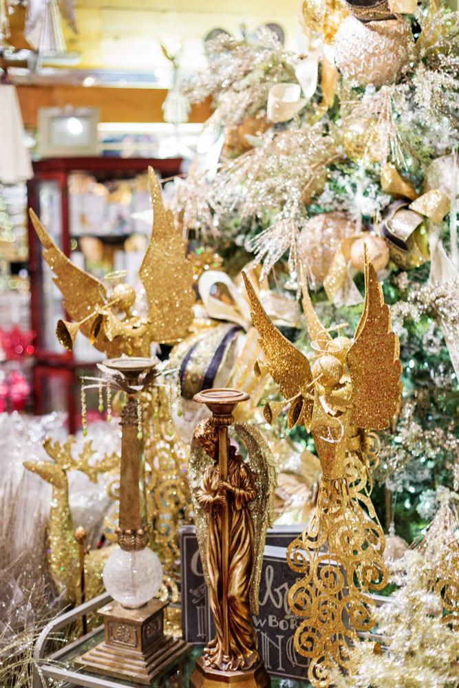 St Nick Nacks Christmas Shop Decorations Amp Trees Callahan S Of Calabash